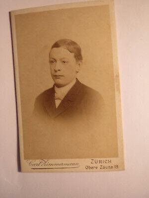 Zürich - Junge - junger Mann im Anzug - Portrait / CDV