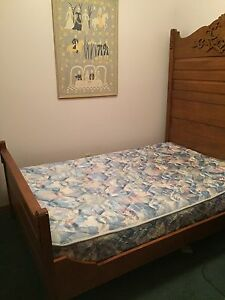 3/4 mattress and box spring