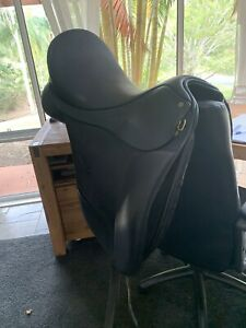 ISABELL WERTH 17.5 Dressage Saddle