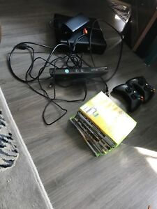Xbox 360, 2 controllers, 1 kinect and 8 games