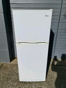 Free Delivery As New 215L Midea Frodge/Freezer