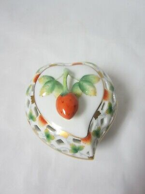 Herend MULBERRY HALL FIRST EDITION Trinket Box W/Strawberry Finial