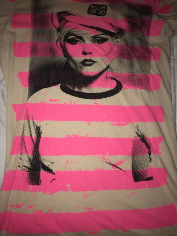 BLONDIE DEBBIE HARRY Retro T Shirt Juniors LARGE By GLAMHEAD Tan/Pink RARE