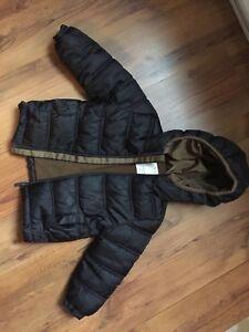 Size 3-4 Boys Puffer Jacket