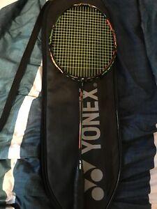 Duora 10 badminton raquet