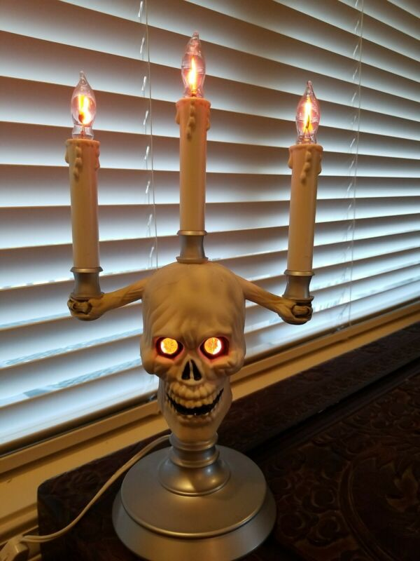 Vintage Halloween Skull Candelabra HallowScream Haunted Lights Trendmasters 1994