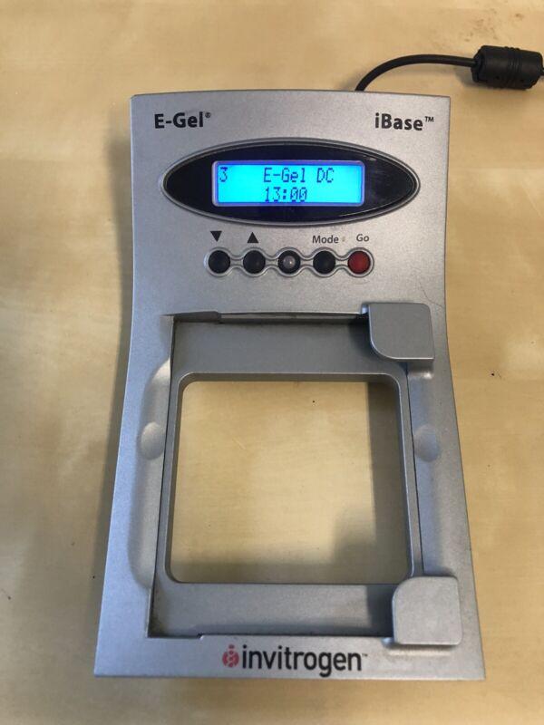 Invitrogen E-Gel iBase Power System G6400 & Power supply