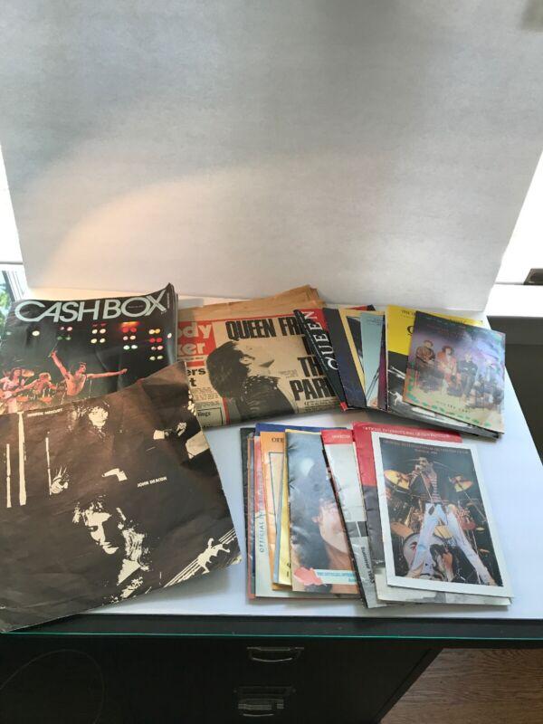 RARE QUEEN - LOT fan club magazine, newspaper, flyer Huge collectors lot
