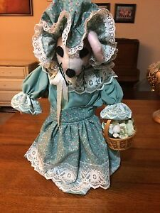 Handmade vintage country Mouse