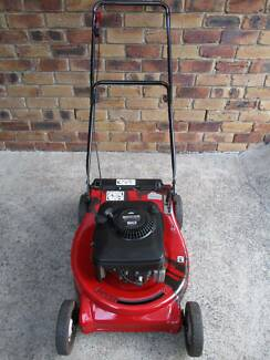 BRIGGS STRATTON 21 inch 4 STROKE,SERVICED,LAWN MOWER.NO CATCHER!