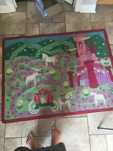 2 rugs for sale Disney princeses