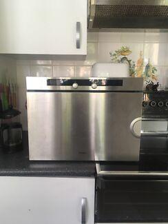 Miele DG 2351 steam oven