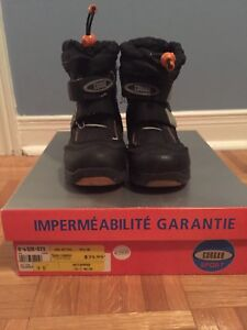 Cougar boots size 9