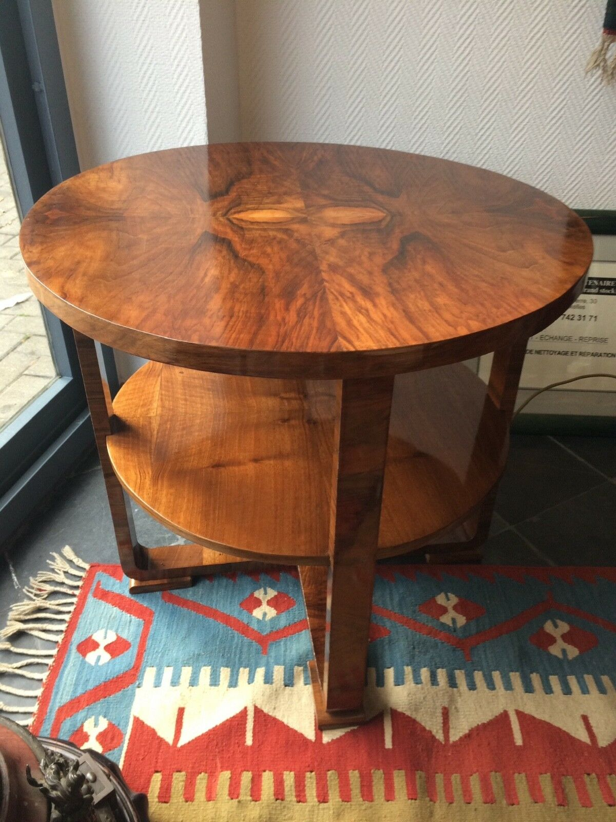 Gueridon, petite table Art Deco .