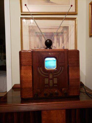 Retro Vintage Prewar 1936 Television Set Art Deco Style Recreation