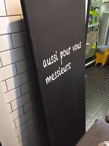 Cabine de toilette commerciale