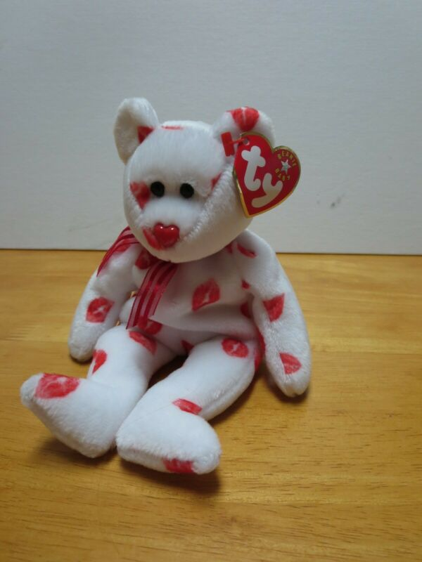 TY SMOOCH the BEAR BEANIE BABY MINT with MINT TAG