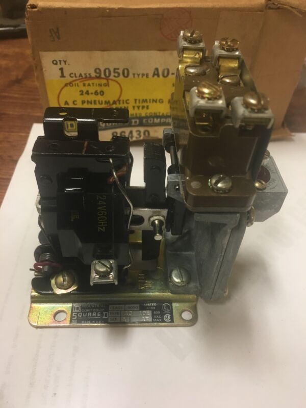 1  SQUARE D 9050-AO- 10E PNEUMATIC TIMING RELAY