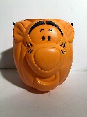 Disney Halloween Treat Pumpkin (Halloween Decor - Disney Tigger Pumpkin Plastic Trick or Treat Candy Pail)