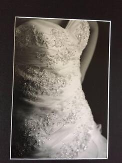 PRONOVIAS WEDDING DRESS SIZE 6 WITH ADDED DETAIL Manningham Port Adelaide Area Preview