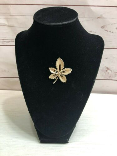 Vintage Signed Sarah Coventry Brooch Pin Retro Gold Tone Leaf Shiny & Textured