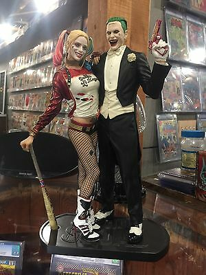 DC COLLECTIBLES ~ SUICIDE SQUAD MOVIE JOKER AND HARLEY QUINN STATUE *IN - Joker Harley