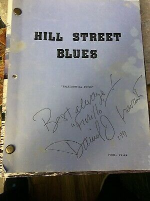 HILL STREET BLUES Signed  Daniel J. Travanti TV Furillo Script