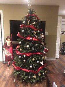 Artificial Christmas tree 7'