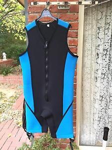 WETSUIT Men's XL sleeveless and short leg. BRAND NEW! Aberfoyle Park Morphett Vale Area Preview
