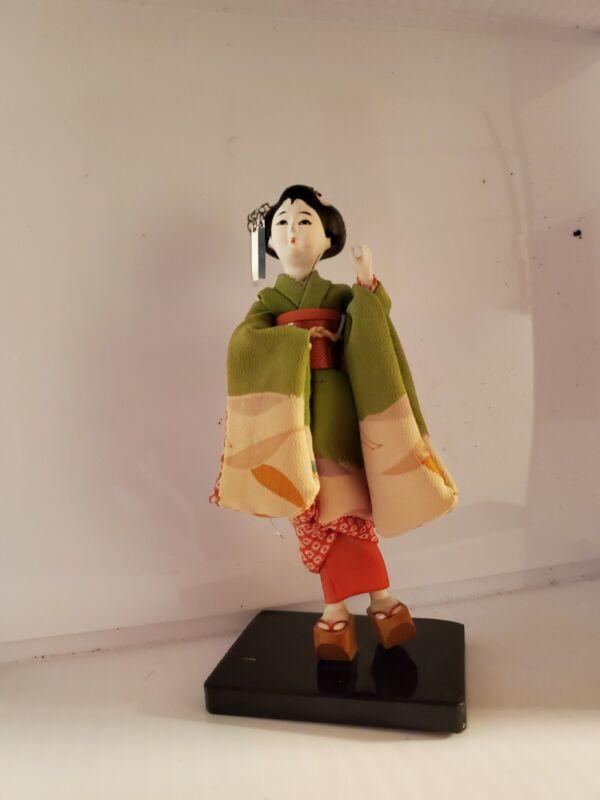 "6"" Geisha Girl Kimono Doll - Made in Japan broke"