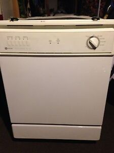 lave vaiselle maytag