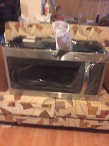 Microwave/ range hood