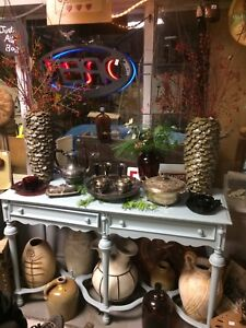 Antique and collectibles shop