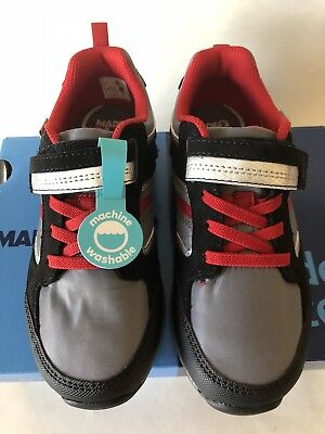 Stride Rite Made2Play Dwyer Gray Toddlet shoes US size 5,7,8, 8.5, 9.5,10, 11,12