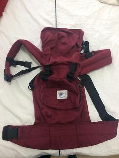Ergobaby 360 carrier 4 position in great condition