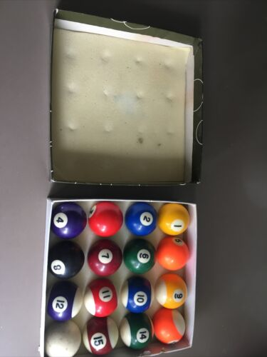 Set Of Pool Balls Size 1 7/8  45mm Stripe / Spot For Small/medium SizedTables