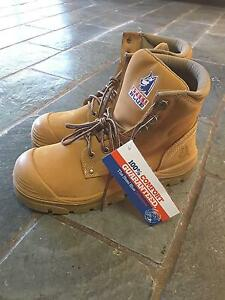 WORK BOOTS STEELBLUE. SIZE 10 NEVER WORN GOT TAGS ON STILL Coolangatta Gold Coast South Preview