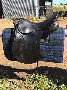 "Peter Horobin PH FC dressage show saddle 17"" black Warren Warren Area Preview"