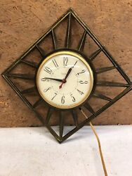 Vtg Mid Century Modern United Clock Gold Metal Brass Square Sunburst Star Sun 81