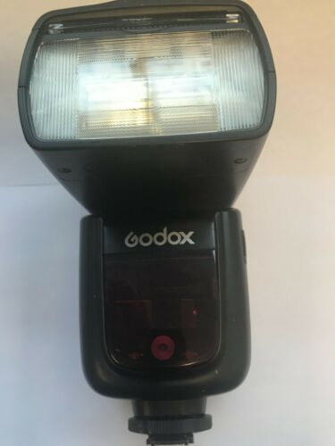 GODOX V860II 2.4G TTL WIRELESS FLASH SPEEDLITE WITH BATTERY