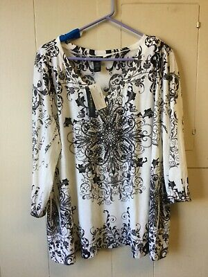 New with Tags Style & Co.Woman Macy's Embellished Tunic Top Size 3x