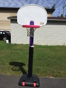 Panier basket ball et ballon