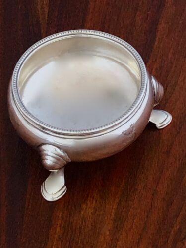 - EDWARD WOOD ENGLISH GEORGIAN SALT CELLAR: LONDON 1737 PERIOD CREST