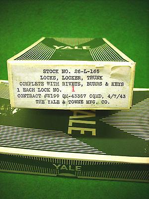 1943 Wwii U S Army Foot Locker   Trunk Latch Lock W Key   Rivets In Box   4060