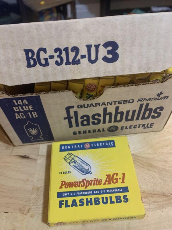 11 Box Lot GE General Electric PowerSprite AG-1B Flashbulbs 12 In A Box