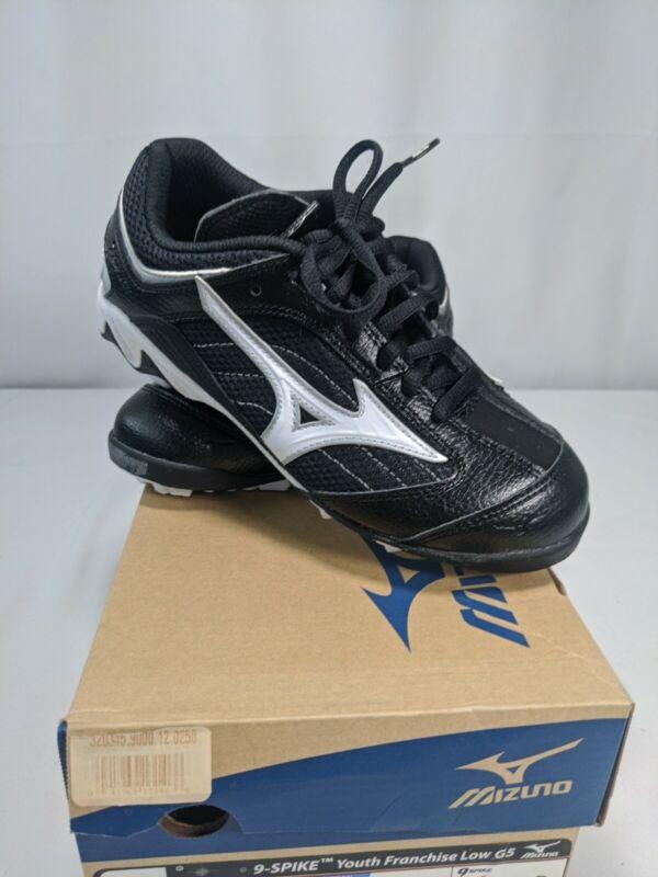 NIB MIZUNO Youth 9-Spike Franchise Low G5 Baseball Cleats Black Size 2.5