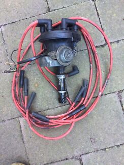 Holden blue v8 Rochester quadrajet carby.&factory Electronic ignition