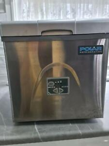 SOLD Polar Benchtop ice maker in new condition. Put in your BBQ area.