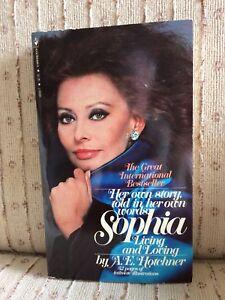 SOPHIA LOREN Signed bio