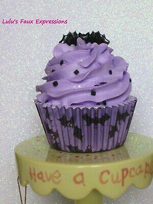 Faux CUPCAKES Fake Food HALLOWEEN BAT purple](Bat Halloween Cupcakes)